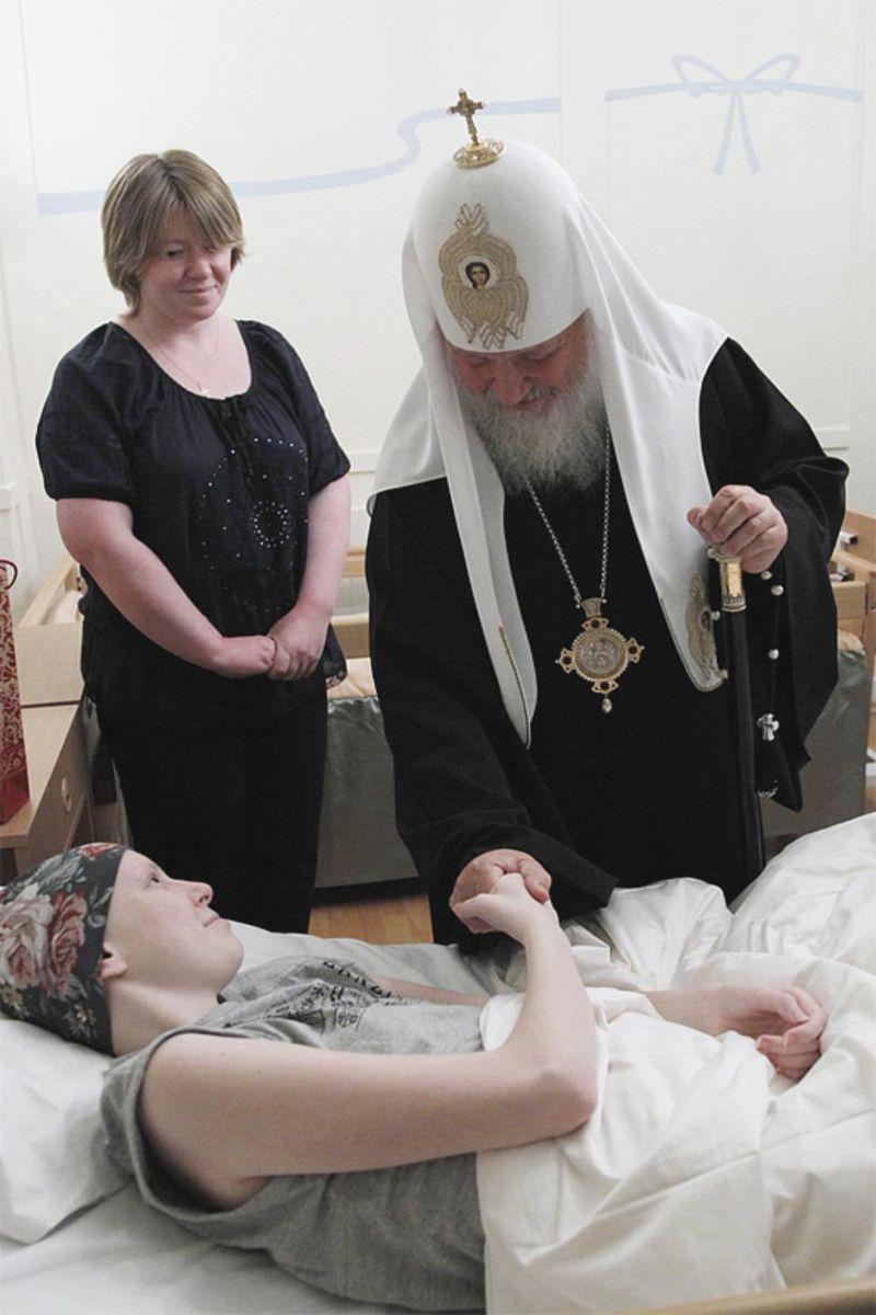 Kirill-at-spb-orphanage-11-10