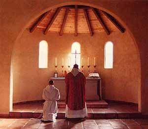 Benedictines_mass300x262