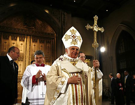 Pope_benedict_xvi_at_st_patricks_ca